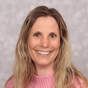 Marianne Båstad